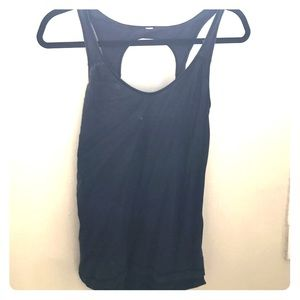 Black Lululemon workout top with back keyhole